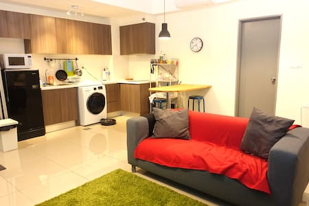Smart home system equipped studio @ HYVE - Cyberjaya - Apartment