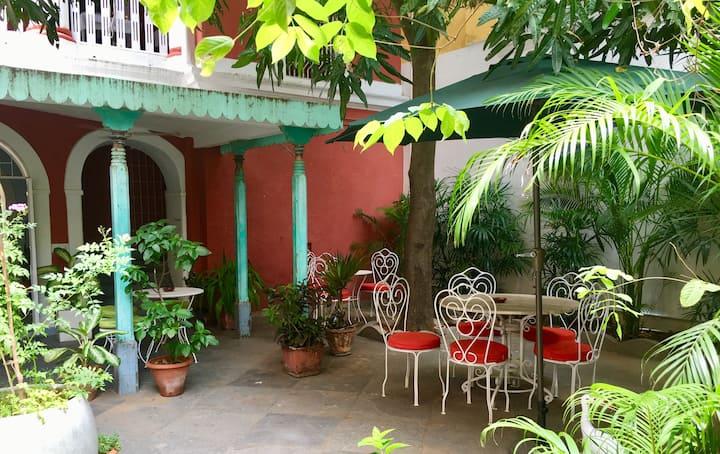 2 Apartments Jardin Suffren - 7 guests Maximum