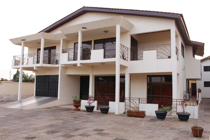 Sweet apartment in East Legon! - Accra - Villa