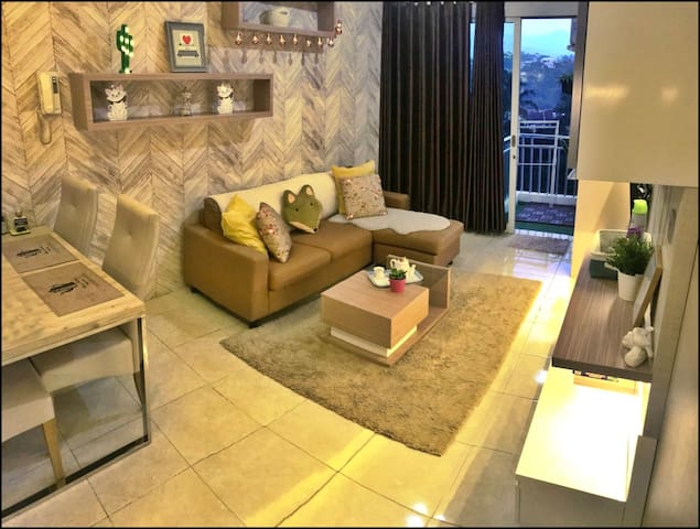 HOMEY & LOVELY  2 BEDROOMS APARTMENT BDG