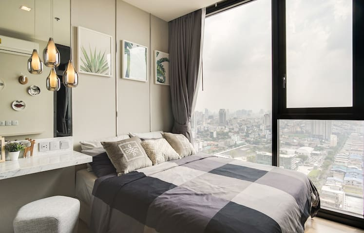 Sophisticated & Cosy 1Bed in The Line Jatujak-Mochit Condominium