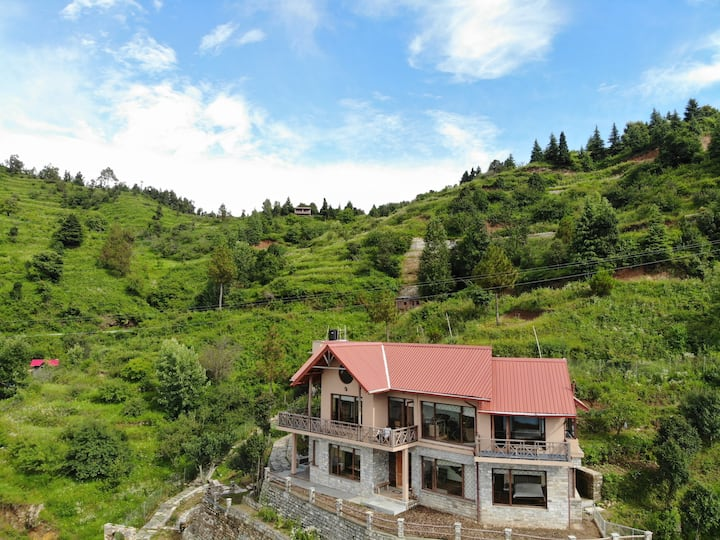 Walnut Cottage at Chirping Chidiya near Mukteshwar