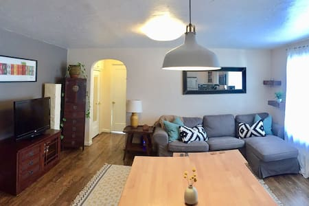 Beautiful 1BDR Downtown Steamboat Apartment - Steamboat Springs
