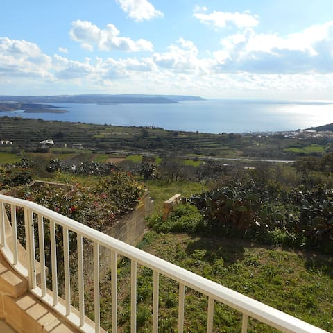 Completely Furnished 2-Bedroom Apartment In Gozo - Nadur - Daire