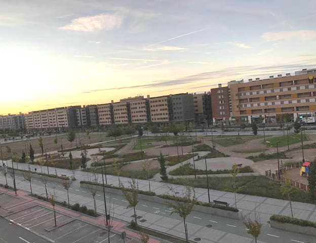 Room at new area 15 minutes from atocha by train