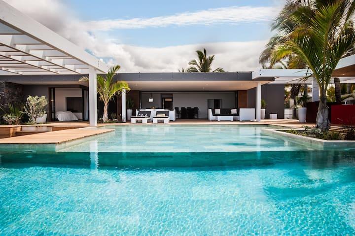Villa Paradis, pieds dans l'eau