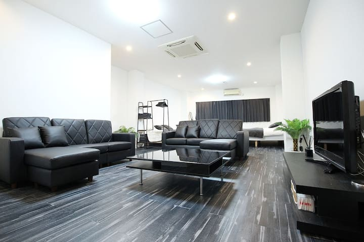 70sqm Big Room☆6 Double Bed☆Dotonbori☆Namba st7min