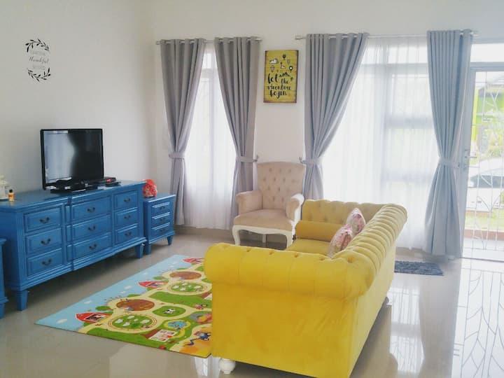 SUNNYPLACE Selabintana, Sukabumi 3 bedrooms