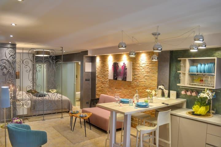 Studio Apartman Eleven