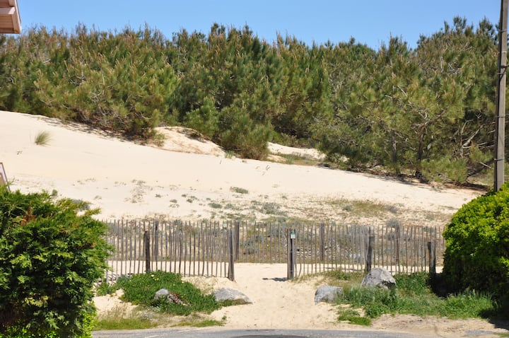 Duplex près des plages et forêt