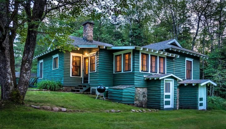 GARDENER'S COTTAGE - PET FRIENDLY -White Pine Camp