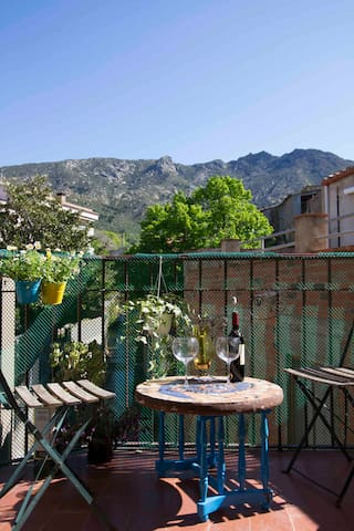 Casita Sant Onofre - lovely views and character - Palau-saverdera - Huis