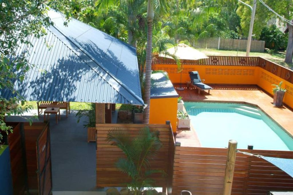Holiday units 2 mins from beach 2 bedroom apartments - 2 bedroom units for rent brisbane ...
