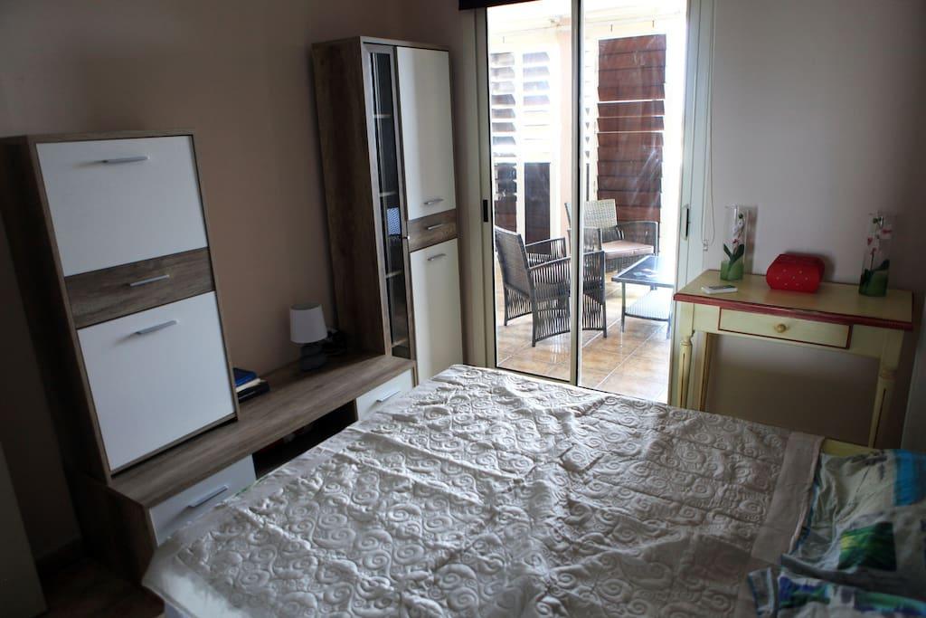 Location saisonni re saintb gilles les bains for Yverdon les bains location appartement
