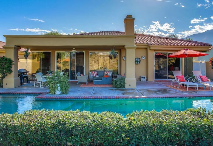 On the fairway of PGA West, Private pool and Spa. Truly Paradise!