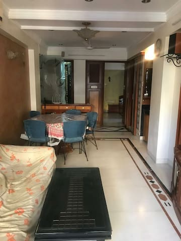 2bhk apartment in South mumbai