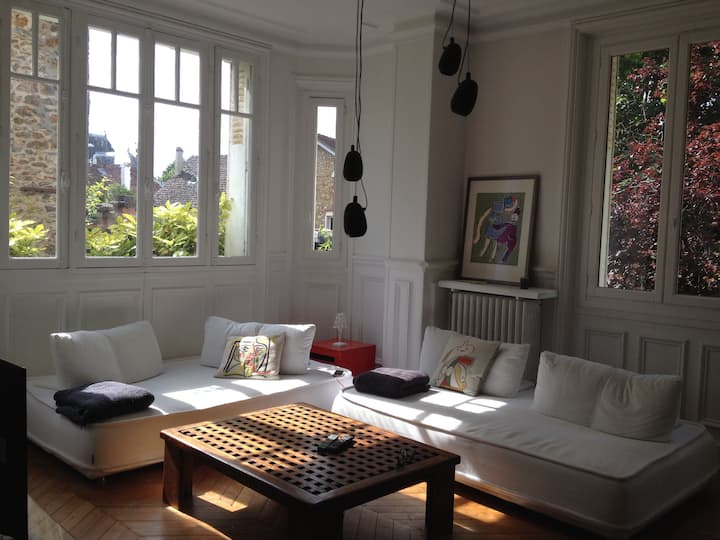 Charming villa nearby Paris and the Seine river