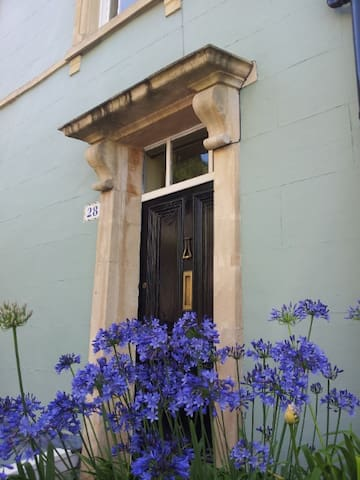 Cliftonwood house with an amazing view........ - Bristol - Talo
