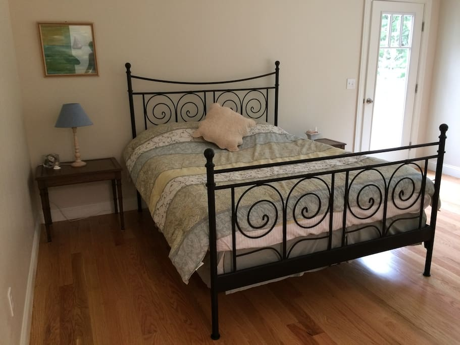 The bedroom with private entrance