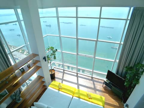 "180° SUNRISE Seaview Seaside Duplex Lv21 ""敌海"" 日 ""海"""