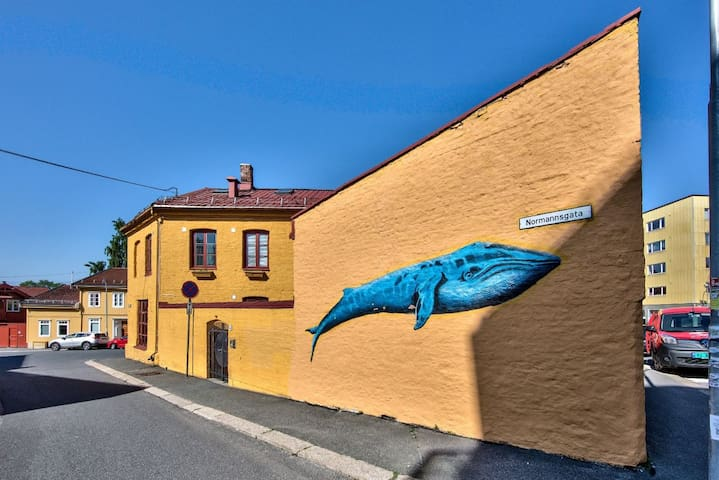 #Room in the Heart of Kampen: with a blue whale :) - Oslo - House
