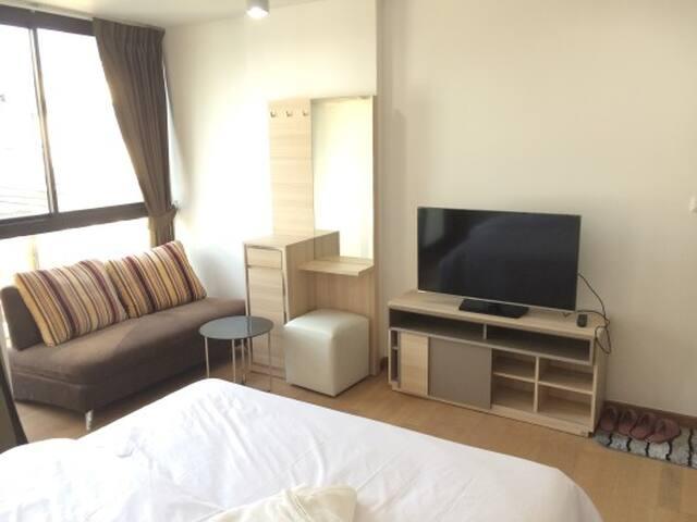 STUDIO @ SUKHUMVIT 69 - Bangkok - Condominium