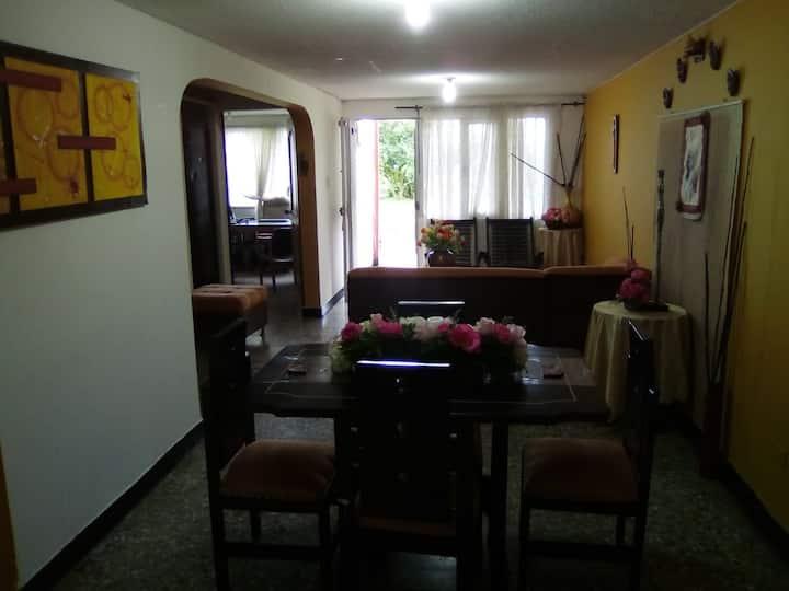 Casa alojamiento Pereira barrio el jardín 2
