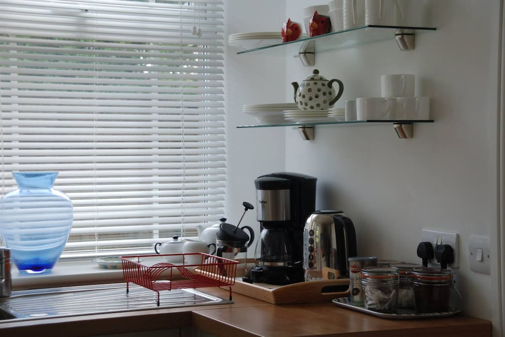 Kitchen with tea & coffee supplied