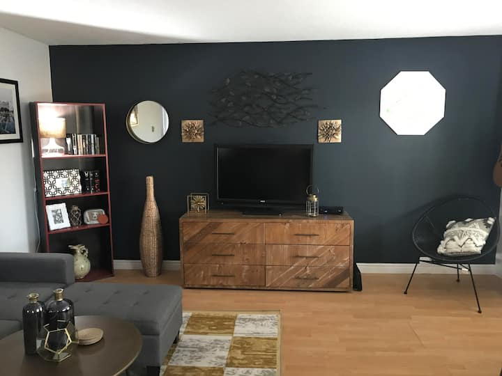 Cozy home - Minutes from Downtown Moncton