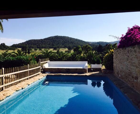 Casa con piscina cerca de Ibiza. - Santa Eulalia del Río - Casa