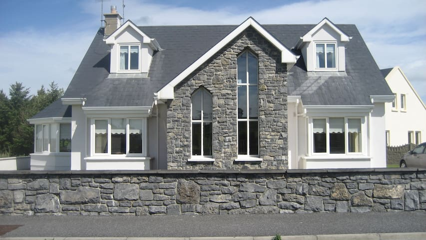 Lahinch Holiday Home Golf and Surf - Clare - Rumah