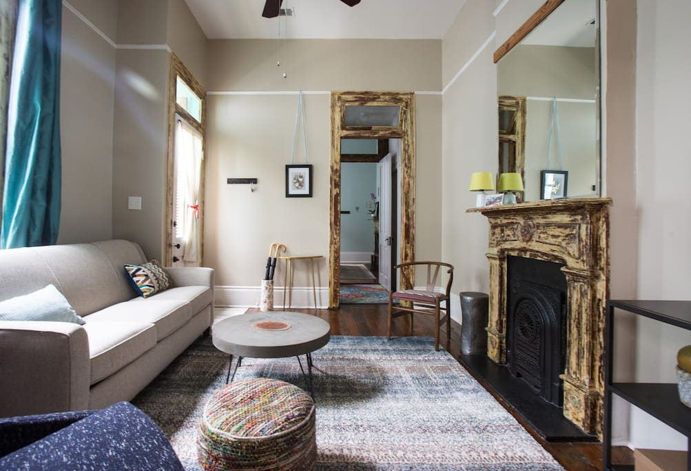 Luxury 1 Bed Apartment With Local Charm Houses For Rent In New Orleans Louisiana United States