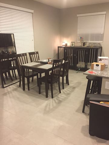 Room in brand new community close to the freeway - North Las Vegas - Casa