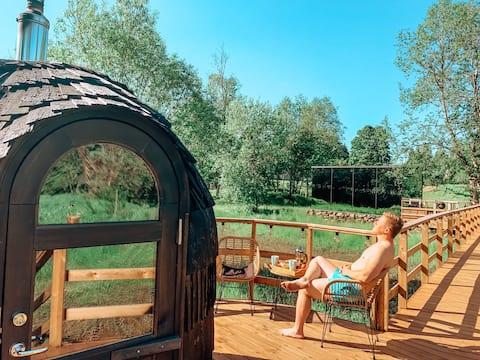 Riverbed posada ÖÖD espejo casa & iglucraft sauna