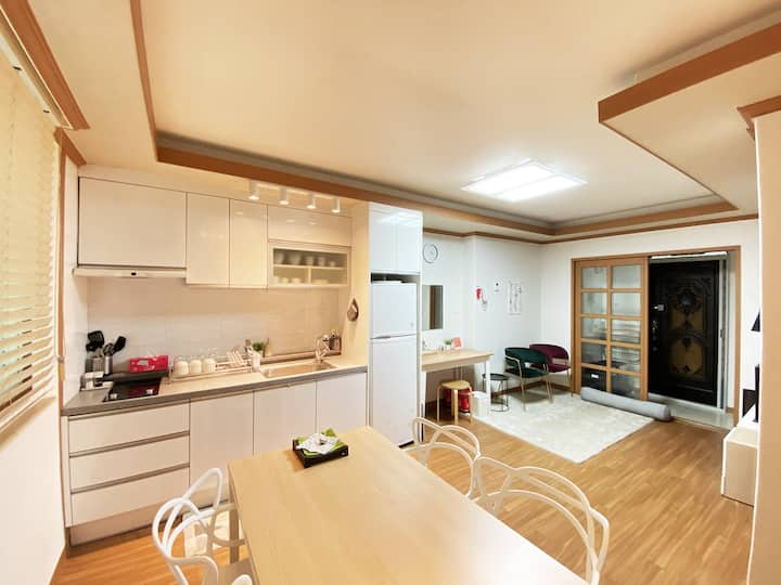 [Best] Mu Terrace House. Hongik Stn 1min.