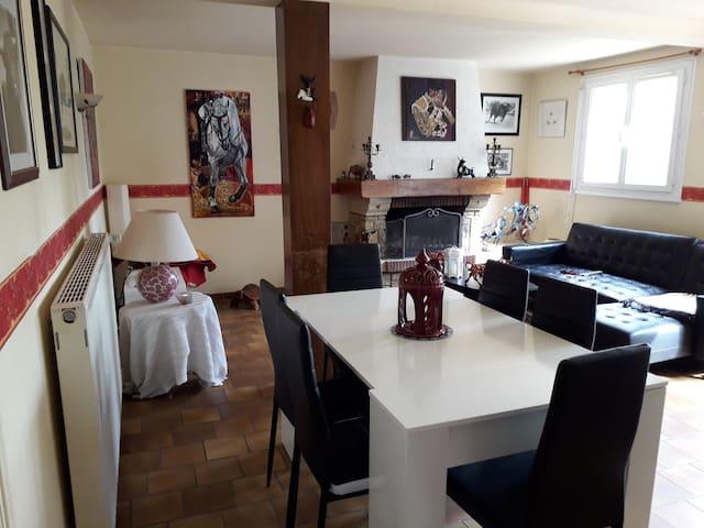 Chambre dans villa