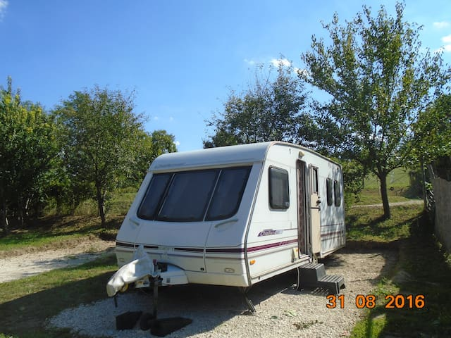 Sited Touring Caravan for Holidays - Koppányszántó - Camper/RV