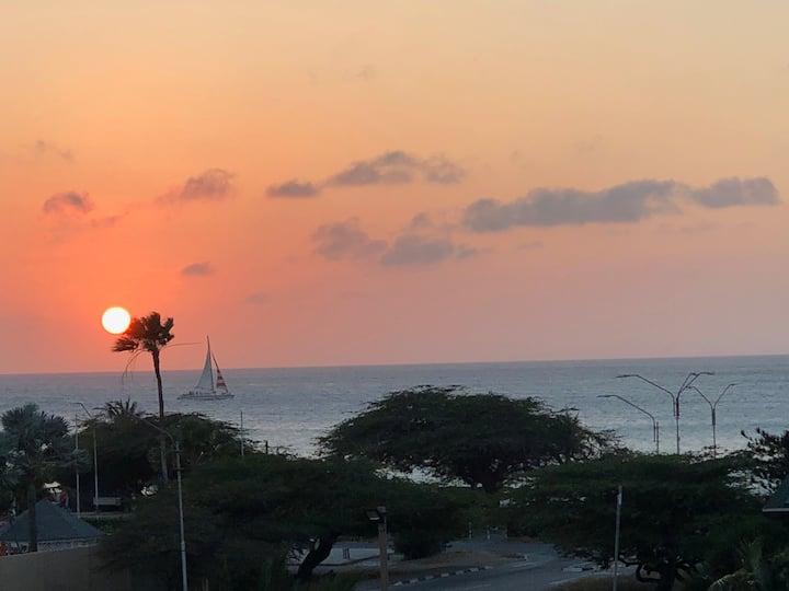 Fantastic Sunset Views at Eagle Beach Condo