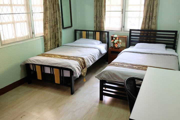 Budget Room4 at Wawa place - Tambon Nai Wiang - บ้าน