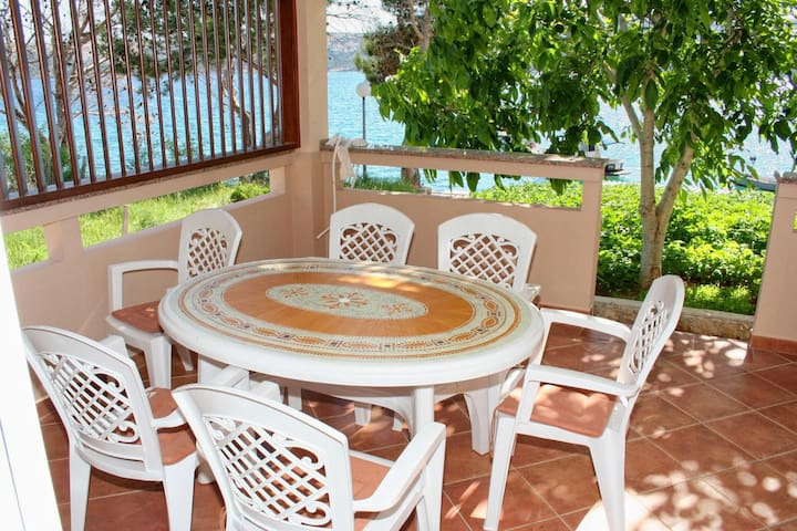 Two bedroom apartment near beach Stara Novalja, Pag (A-3086-a)