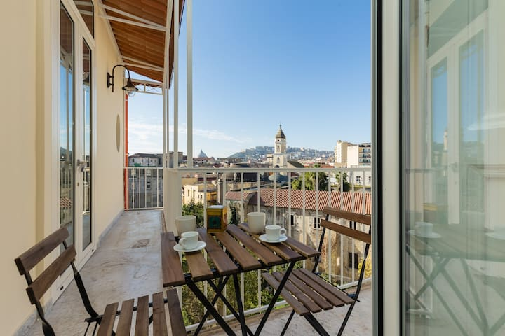 Bright and cozy apartment in the heart of Napoli - Napoli - Apartment