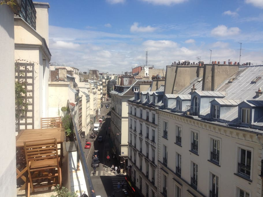 Private terrace with view on rooftops of Paris