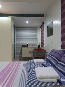 Tyrone's Apartment and Airbnb 》20 rooms available