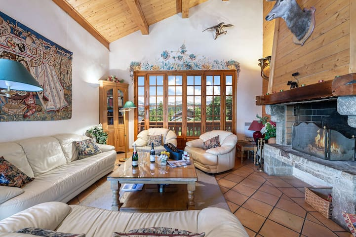 Chalet Founets : Traditional and family chalet with a spendid view
