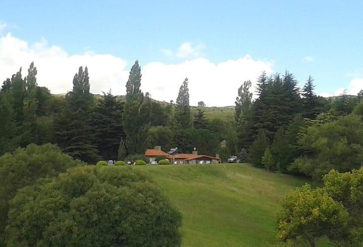 CASA EN EL CAMPO...en las sierras, en La Cumbre