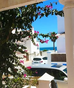 Villa hermosa - Playa - Beachfront - Calahonda