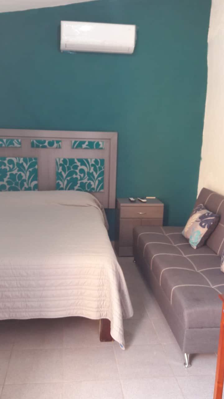 Petir Suite interior hotel con mini cocineta