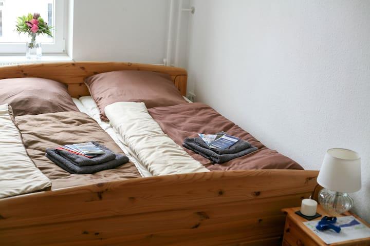 Helles gemütliches Zimmer in Wassernähe - Flensburg - Apartment