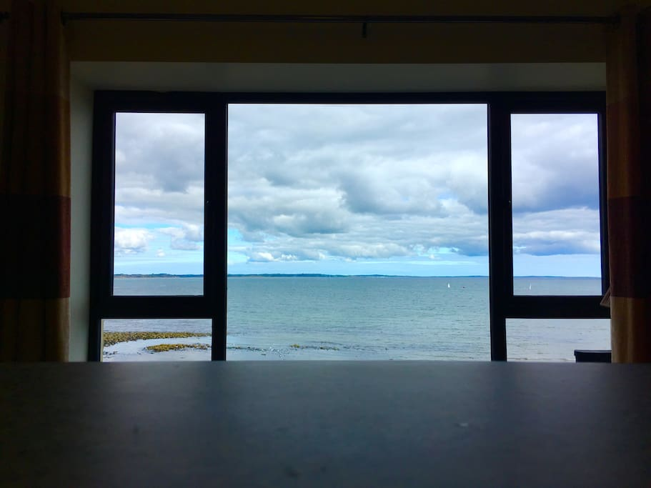 Stunning sea view from the living room and kitchen