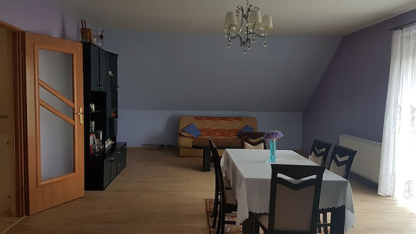 Salon na górze